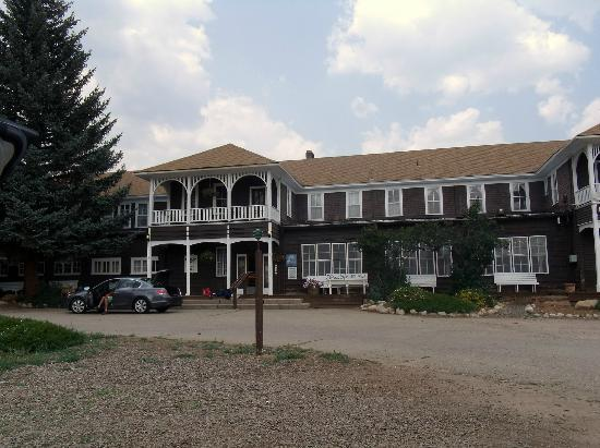 Elkhorn Lodge and Guest Ranch: the main lodge