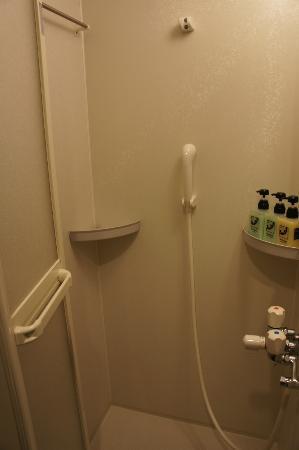 Takayama Ouan: shower stall