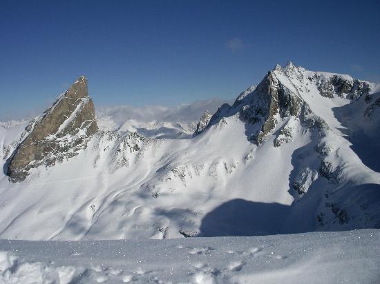 Sporthotel Lorunser: Valluga Mountain view from Zurs