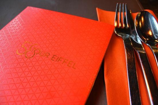 58 Tour Eiffel: menu