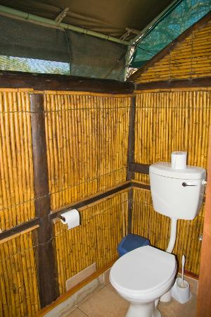 Mpila Camp: Safari Tent Bathroom
