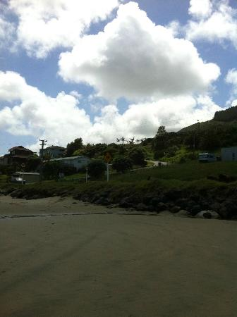 Ahipara Bay Motel: The beach