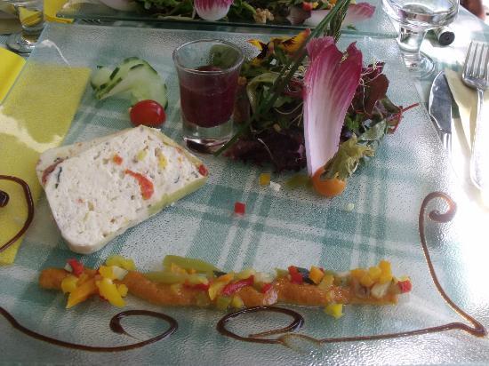 Aux Armes d'Estaing : terrine de legumes maison