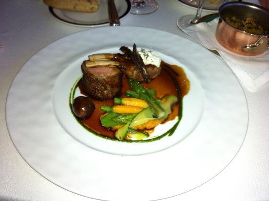 Chateau de Mirambeau: Delicious Lamb