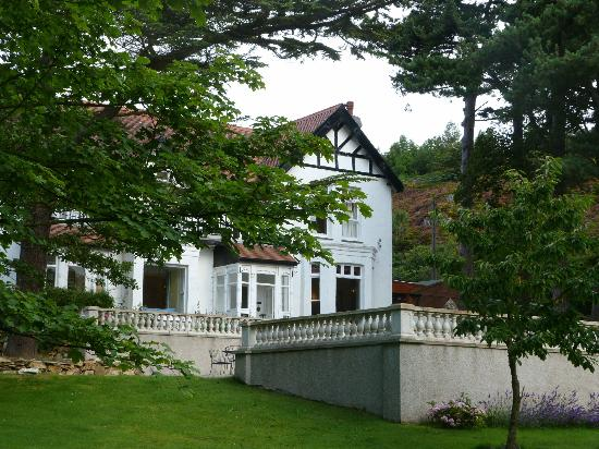 Sychnant Pass Country House: 'Peace on Earth'