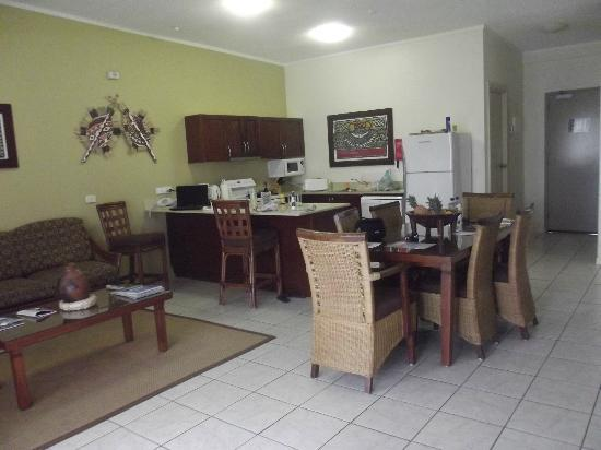 Wyndham Resort Denarau Island: Kitchen/dinning