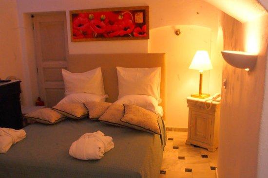 Alexander Villas: Our Bedroom..