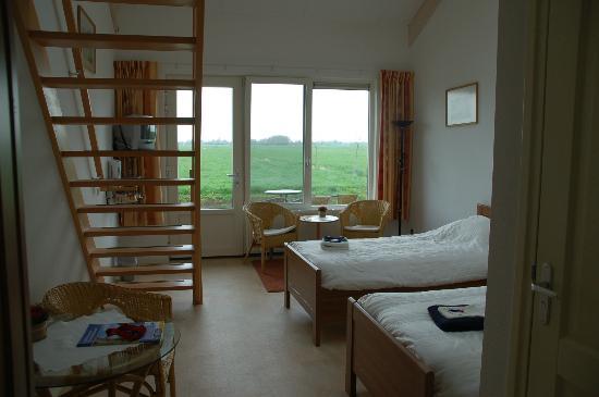 Goudriaan, Нидерланды: 4/5 persoonskamer met 2 bedden gelijkvloers en 2/3 bedden op 1e verdieping