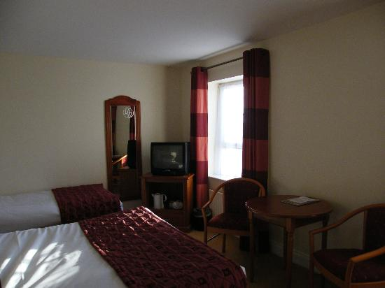 Hillgrove Hotel, Leisure & Spa: room