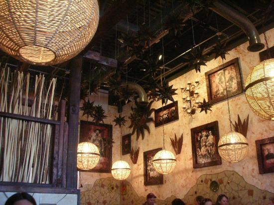 El Paso Mexican Restaurant Decor3