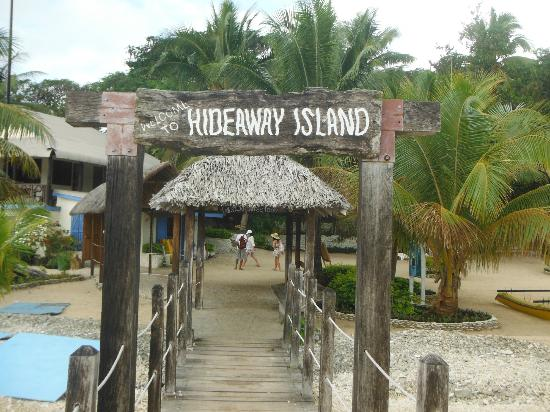 Hideaway Island Resort & Marine Sanctuary: entry