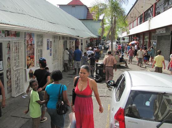 taste of italy: Market street