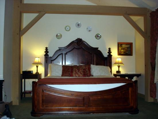 The Barn Inn Bed and Breakfast: Renaissance Room