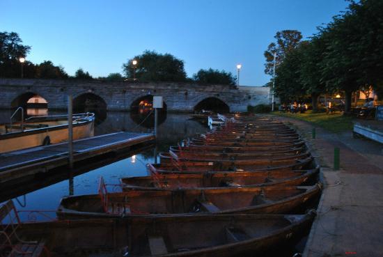 Macdonald Swan's Nest Hotel: Boats on Avon. Barche sull'Avon