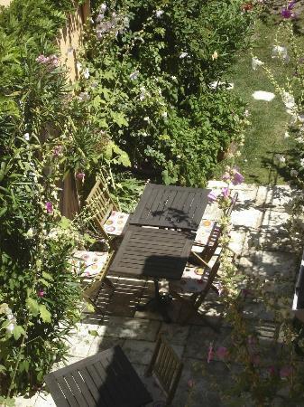 Hotel de la Tour : le jardinet