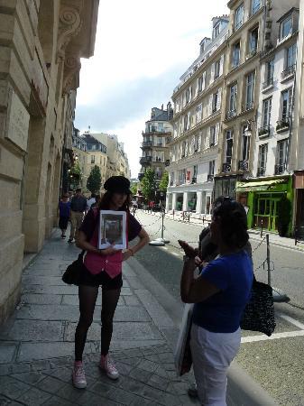 Paris with a Parisian-Day Walking Tours: Alma