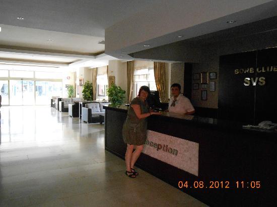 Bone Club Hotel SVS: Ресепшн