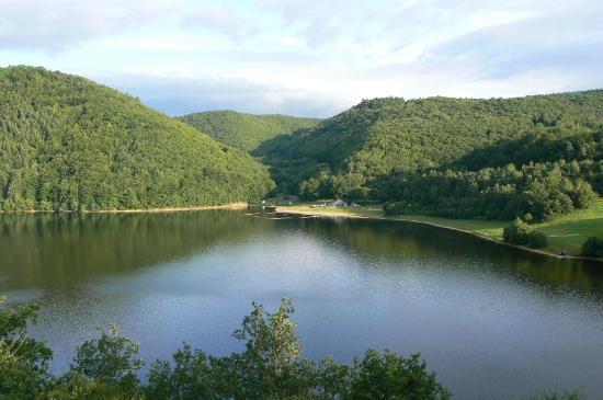 Etap'Auvergne - Complexe de Confolant: Vue de la terrasse