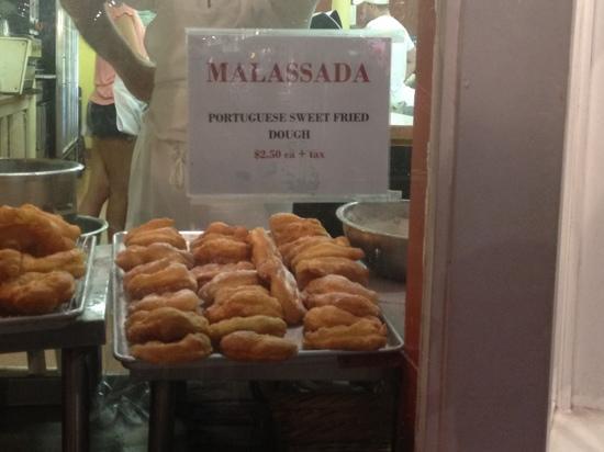 Provincetown Portuguese Bakery: Malassada ... hum miam miam !