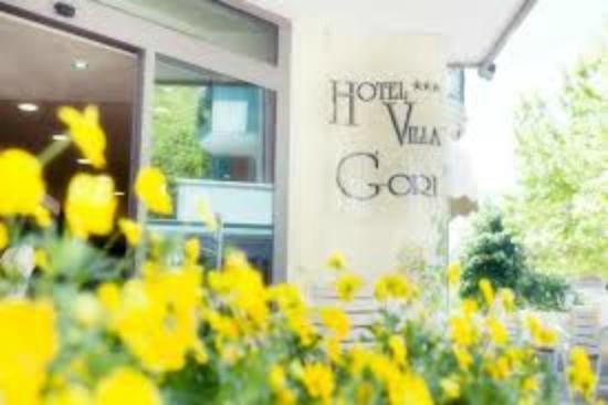 Entrata principale Hotel Villa Gori!!