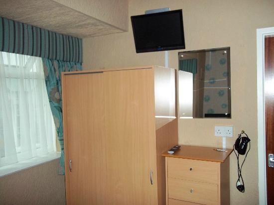 The Corona: Room 16 - storage
