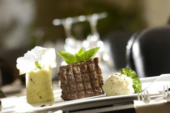 Vati Cafe Bistro: Sirloin Steak of Vati
