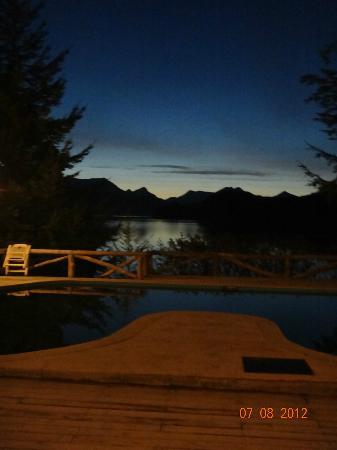 Punta Manzano: pileta y lago