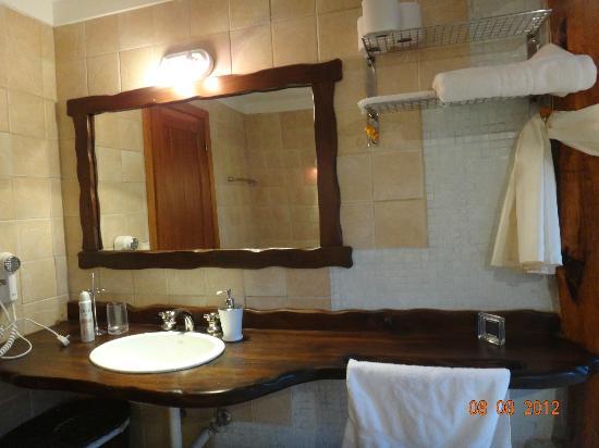 Cabanas Punta Manzano: baño piso de abajo