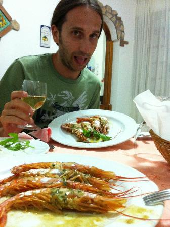 Hotel Villa D'Orta: E' difficile fotografare le portare: si mangiano troppo in fretta!