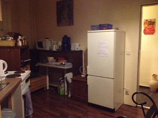 AS Apartmenthaus: Shared Kitchen