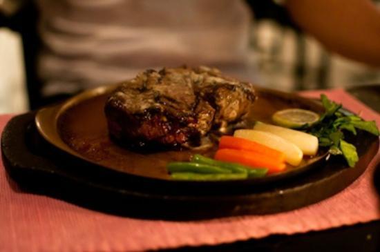 The Steak House: 300gr Tenderloin Steak Medium Well