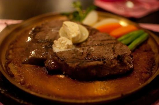 The Steak House: 250gr Tenderloin Steak Medium