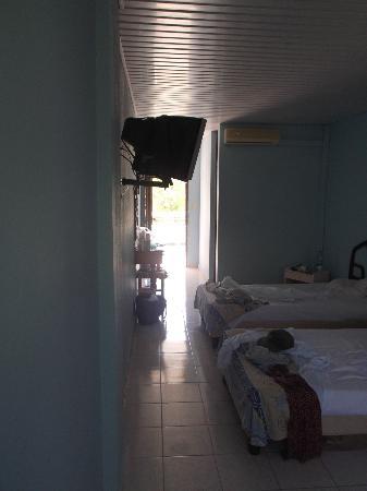 Villa Islazul Bayamo: Notre chambre 204.