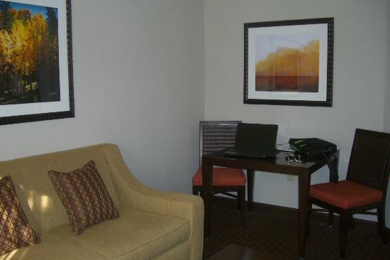Embassy Suites by Hilton Flagstaff: salon