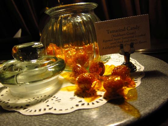 Ping Nakara Boutique Hotel & Spa: Sweet treats in the room