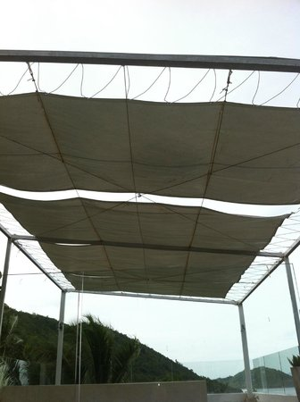 Villa Beige:                                     roof on terrace