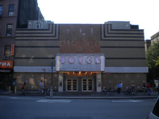 Joyce Theater : Love the style of the building