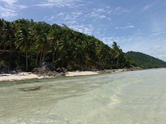 Villa Beige:                                     beach