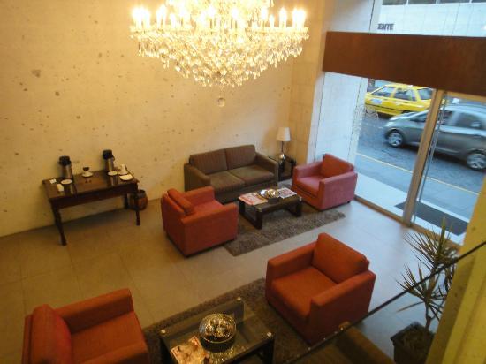 Tierra Viva Arequipa Plaza Hotel: Main Lobby
