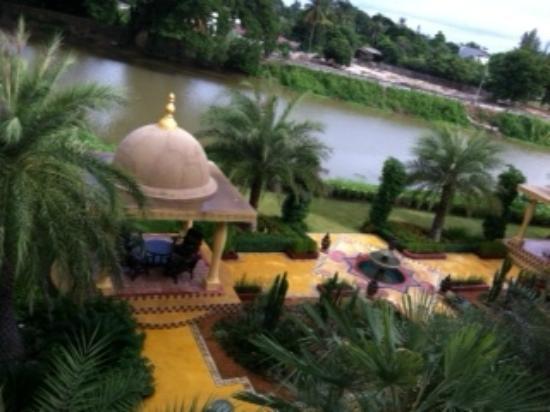 Sheik Istana Hotel: リバーサイド