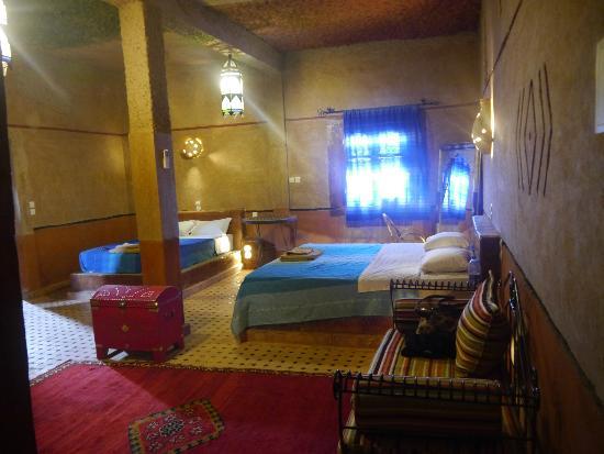 Hotel Nomad Palace: Habitación tripe, con muy bonita decoración!