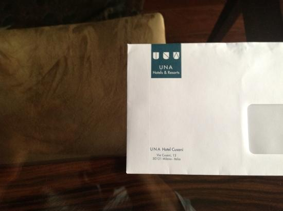 UNA Hotel Cusani: envelope....