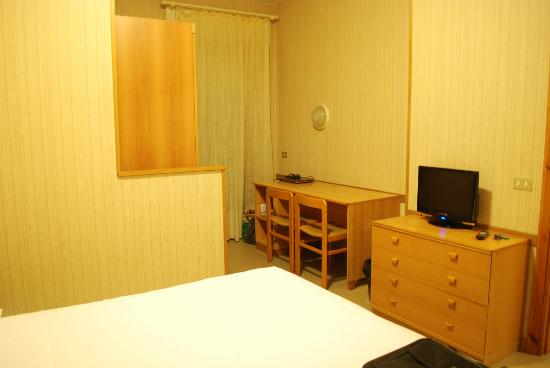 Hotel Ulivi e Palme: habitación