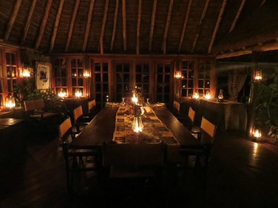 Campi ya Kanzi: The dining room...it looks just as good as the food taste. Great ambiance!