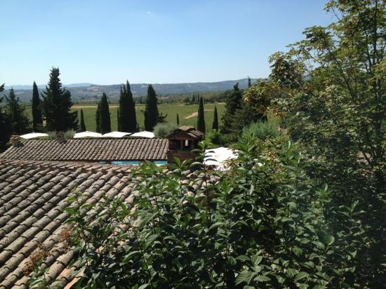Hotel Borgo San Felice: view from the bedroom