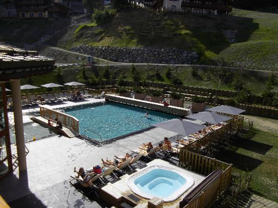 Club Med Valmorel: Piscine exterieure et jacuzzi