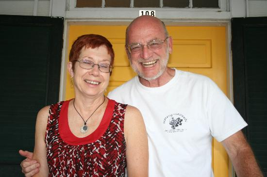 Elizabeth City Bed and Breakfast : Maureen and Ray, proprietors