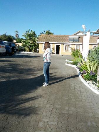 Intermezzo Guesthouse : Parkplatz