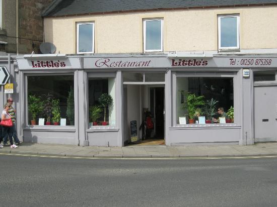 Little's Restaurant : restaurant front