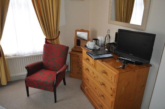 Eleven Westgate : Bedroom